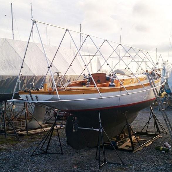 NOA Aluminium Deckgestell/Überhanggestell auf 16 m Holzboot I outmar.com